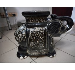 Slon keramický černý 43x53x30cm