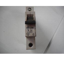 Jistič LSE-B32-1F