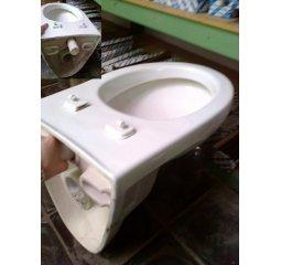 WC závěsný